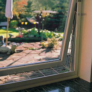 redes - Resumen de ideas para mosquiteras y redes ventanas y balcón para gatos. 3581_kippfensterschutzgitter_03_2011_6
