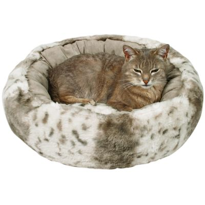 great deals on pet beds at zooplus trixie plush cat bed leika. Black Bedroom Furniture Sets. Home Design Ideas