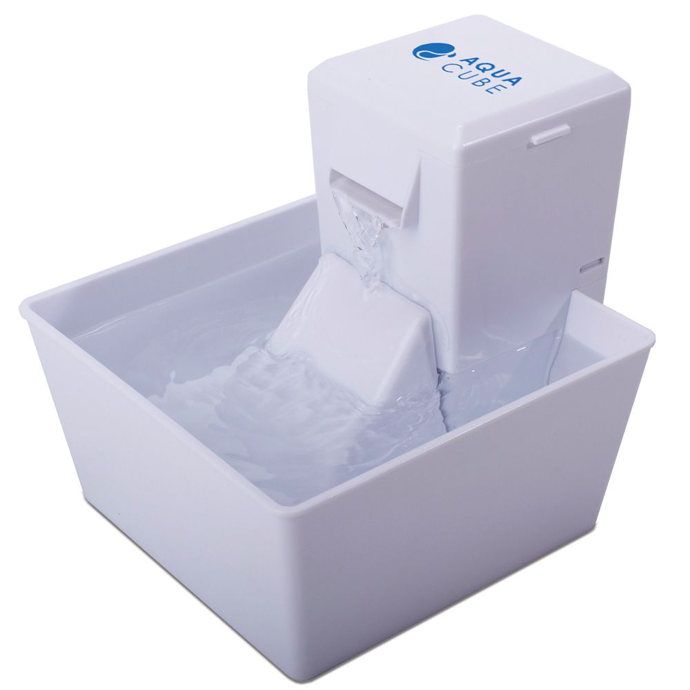 Aqua Fountain by PetSafe Aqua Cube Drinking Fountain