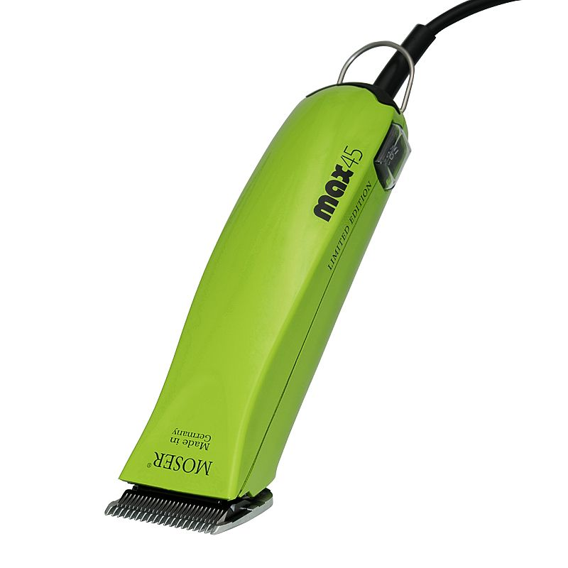 The Moser Pet Clipper max45 gives your pet a professional-looking haircut. The robust Moser max45 clippers are great for a full-body haircut of large dogs and cats...