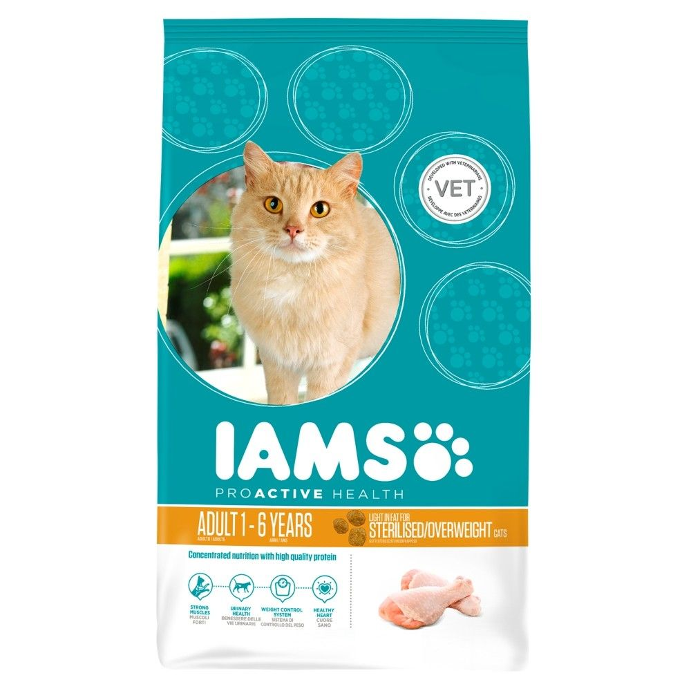Large Bags Iams Dry Cat Food + 12 x 85g Iams Naturally Free!* - Adult Rich in Chicken (10kg) + Iams Naturally Cat Adult Mix (12 x 85g)