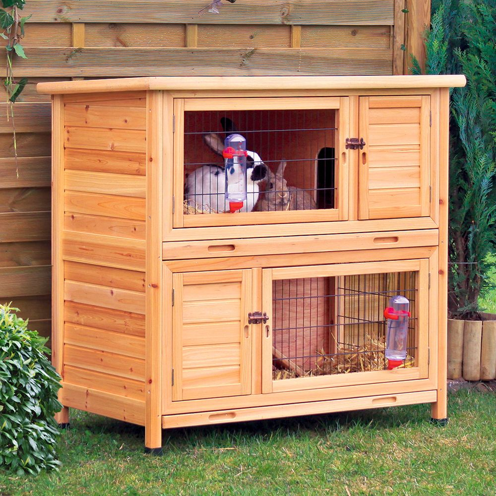 A wonderful home for all rabbits and guinea pigs, the Natura rabbit hutch from Trixie offers plenty of space over two floors. The two storeys can be used together ...
