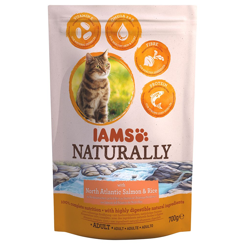 IAMS Naturally Cat Adult, łosoś - 2,7 kg