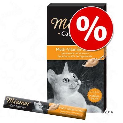 Säästöpakkaus: Miamor-kissantahnat 66 x 15 g - lajitelma: Multi-Vitamin Cream & Malt