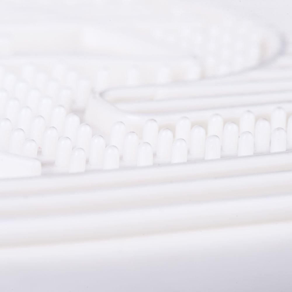 Benita Paw Cleaning Litter Mat - White